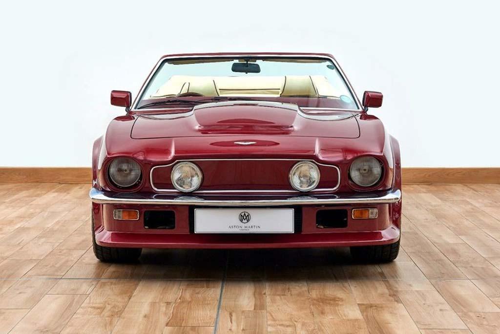 Aston Martin V8 Volante 1988