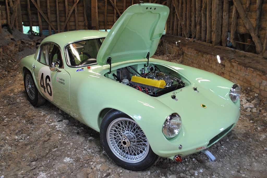 Самый первый экземпляр Lotus Elite 1958 с гоночной историей пустят с молотка