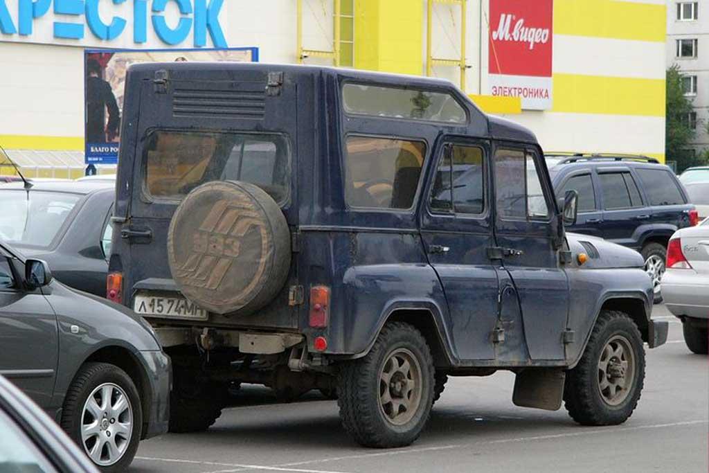 Сегодня таких машин практически не осталось: редкий УАЗ-31512 от фирмы ЛЛД