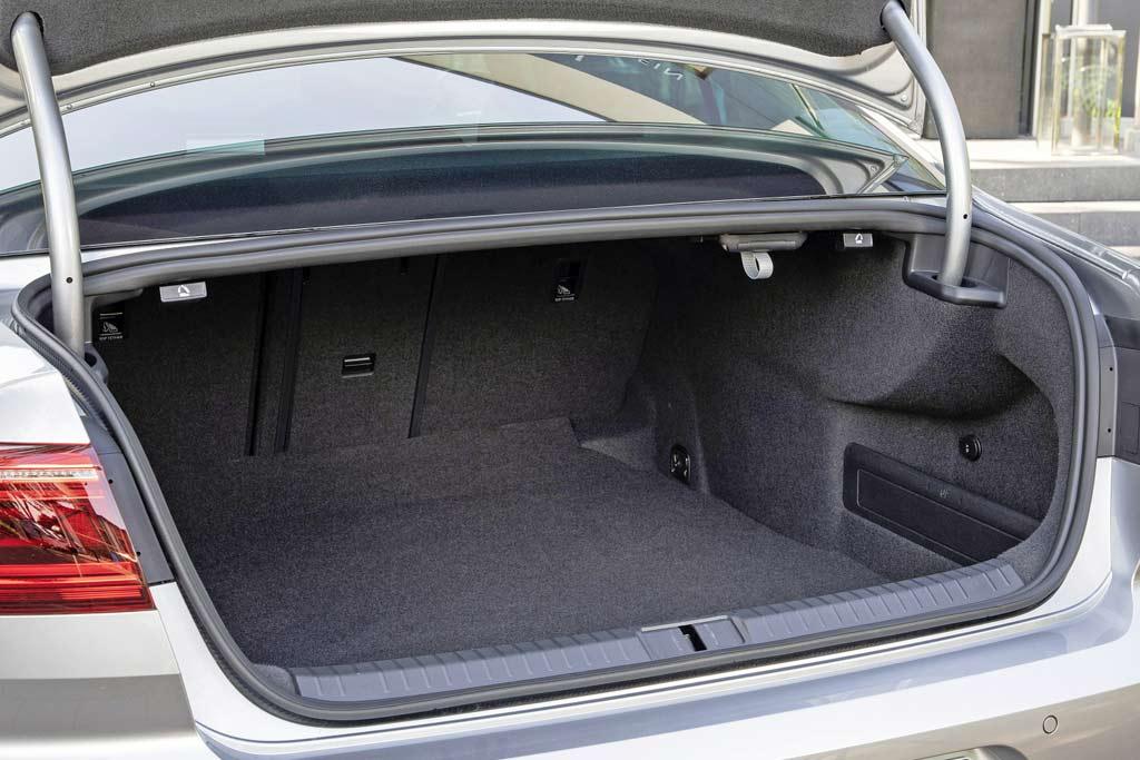 Volkswagen Passat B8 багажник