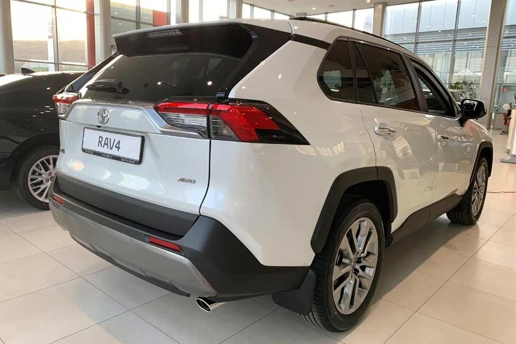 Новый кузов Тойота РАВ 4 2021