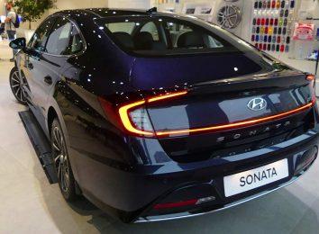 Hyundai Sonata [year]