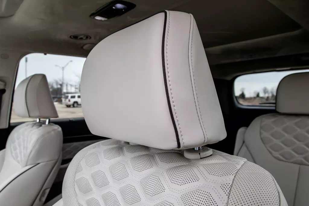 Салон нового Hyundai Palisade ужасно воняет: владельцы массово жалуются на проблему