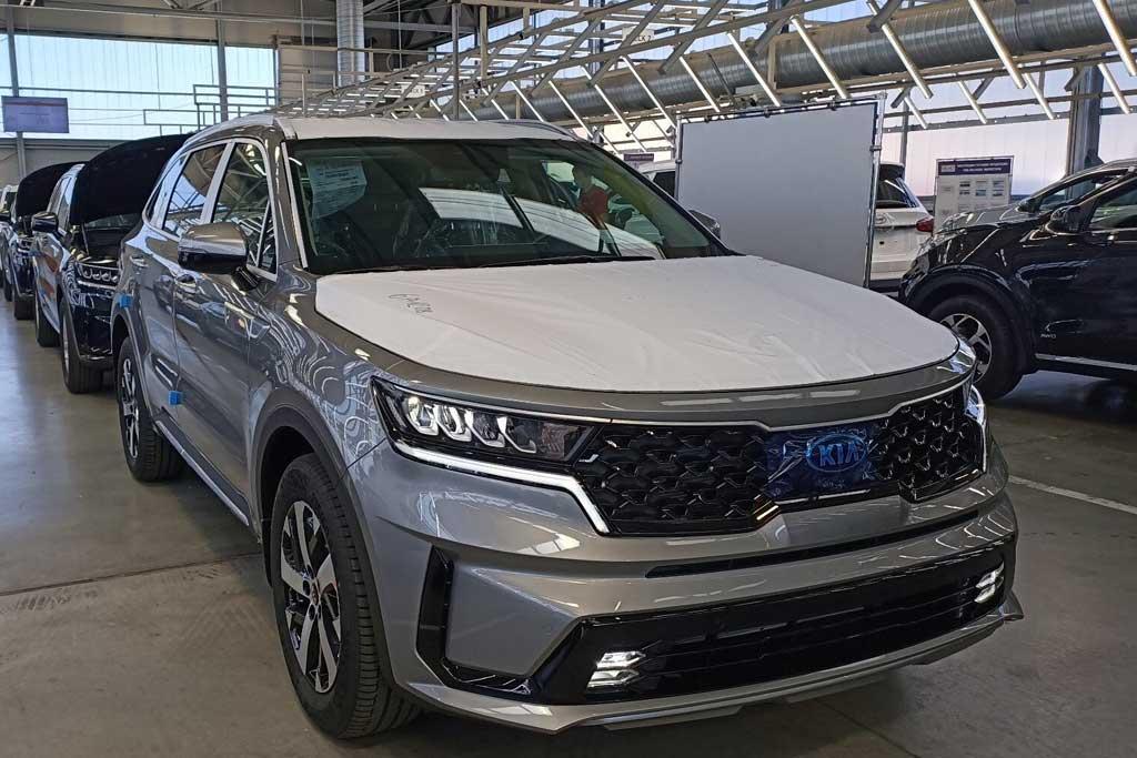 На «Автоторе» началась сборка нового KIA Sorento 4: скоро озвучат цены