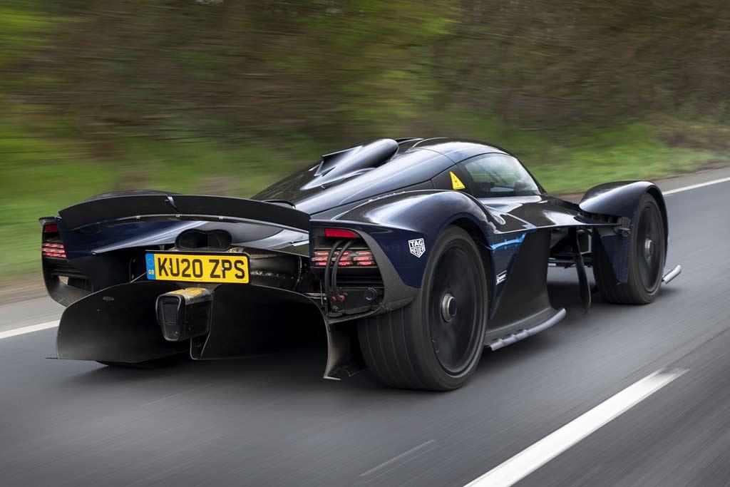 Aston Martin Valkyrie: сложности с управлением и низкая надежность