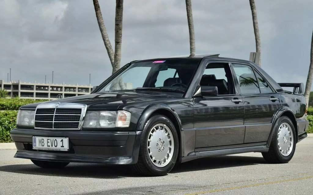 Было сделано всего 502 машины: в продаже шикарный Mercedes 190E-16 Evolution I