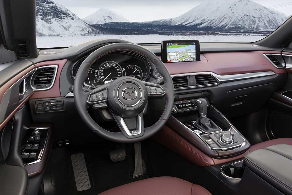 Салон новой Mazda CX-9 2020