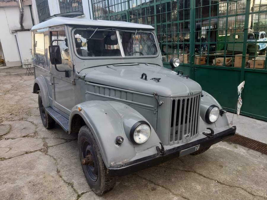 В Италии продают раритетный советский внедорожник ГАЗ-69