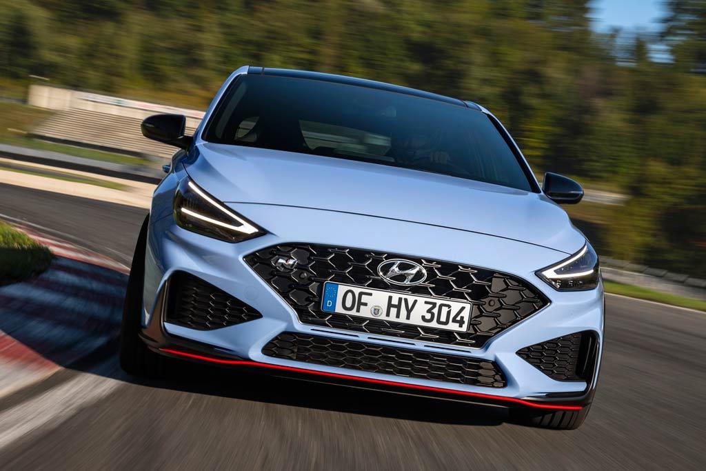 Hyundai i30 N 2021: обновленный хэт-хэтч стал мощнее и получил «робот»