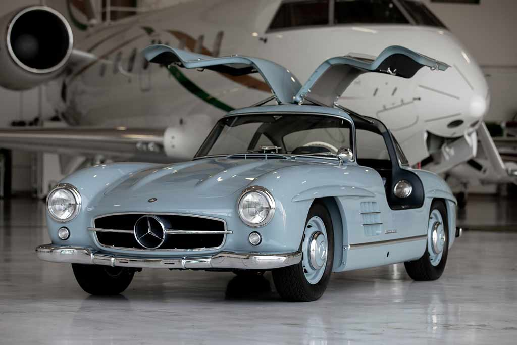 Горячие торги за Mercedes 300SL 1957 года: ценник уже перевалил за $1 млн