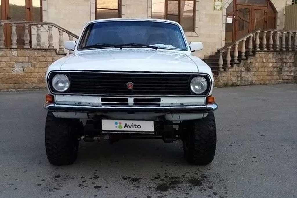 Внедорожный ГАЗ-24-10