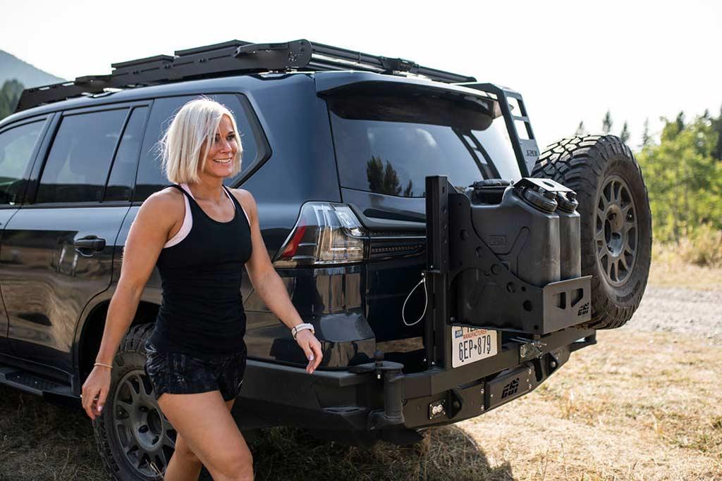 Внедорожный Lexus «для девочек»: модификация J201 на базе серийного LX 570