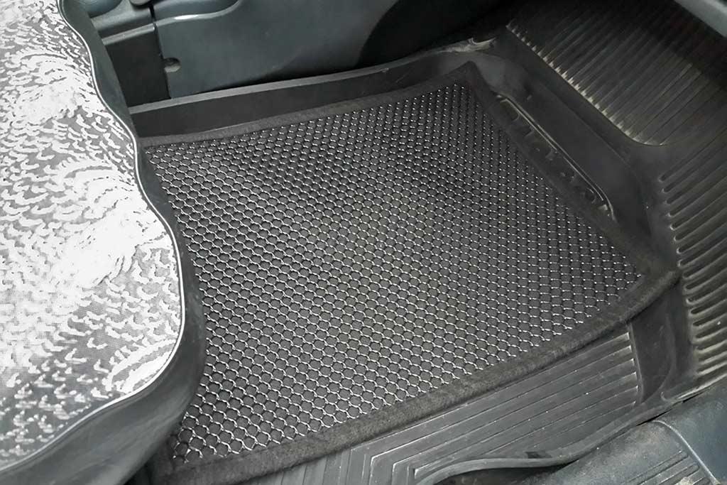 Почему запотевают стекла в машине: способы решения проблемы