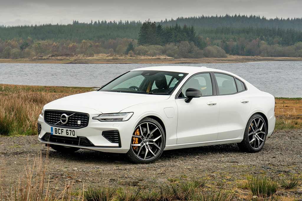 Volvo снова поедут на все деньги: тюнеры обошли заводской ограничитель скорости
