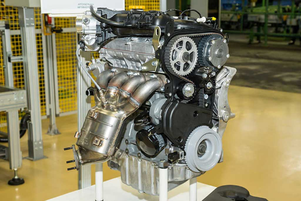 АвтоВАЗ вернул гидроусилитель на Lada XRAY и модернизировал 1,8-литровый мотор
