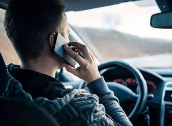 Штраф за мобильный за рулем