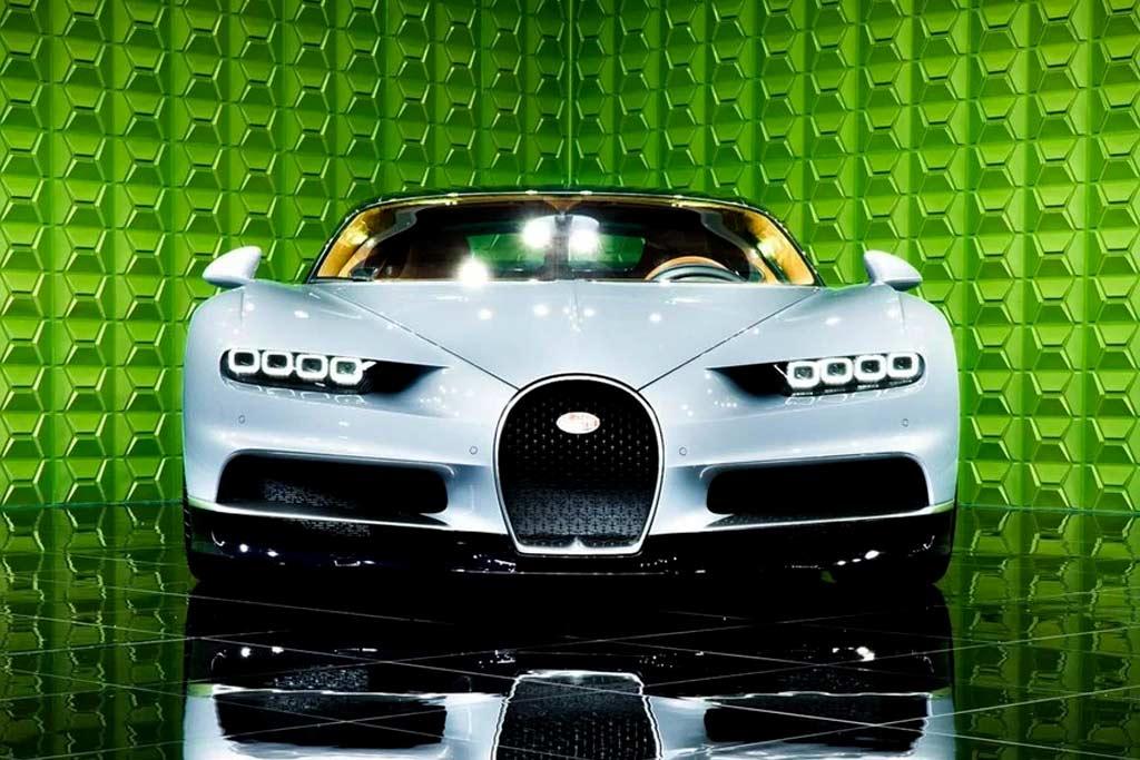 foto chiron rf sale 03 - В Москве продают Bugatti Chiron: идет поиск желающего потратить 225,6 миллионов