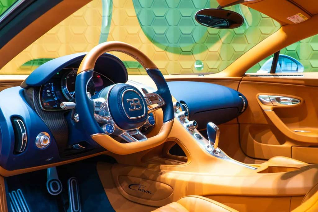 foto chiron rf sale 04 - В Москве продают Bugatti Chiron: идет поиск желающего потратить 225,6 миллионов