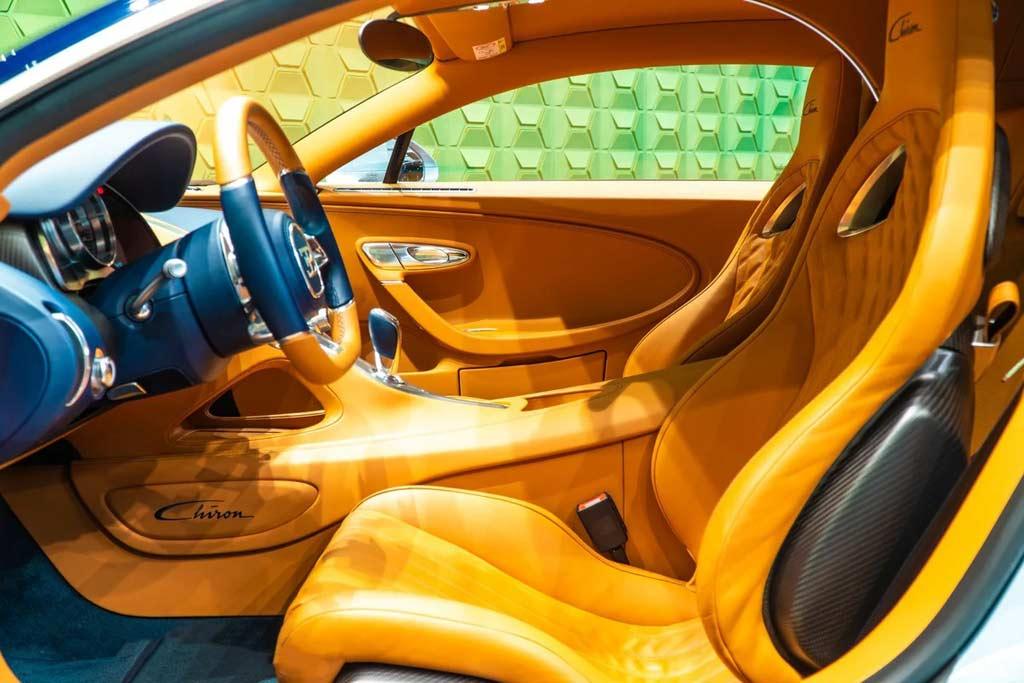 foto chiron rf sale 05 - В Москве продают Bugatti Chiron: идет поиск желающего потратить 225,6 миллионов