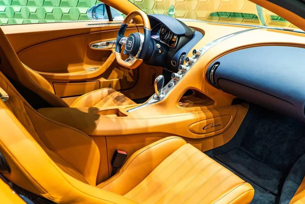foto chiron rf sale 06 - В Москве продают Bugatti Chiron: идет поиск желающего потратить 225,6 миллионов