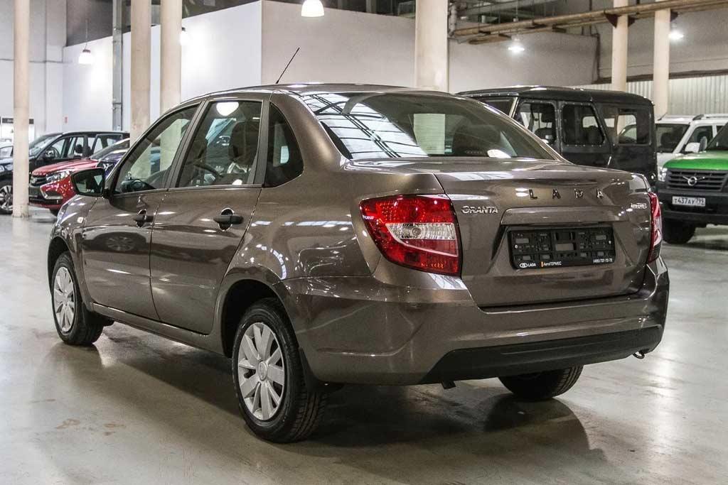 Стоит ли покупать Lada Granta 2020: все минусы, отзывы владельцев, комплектации и цены