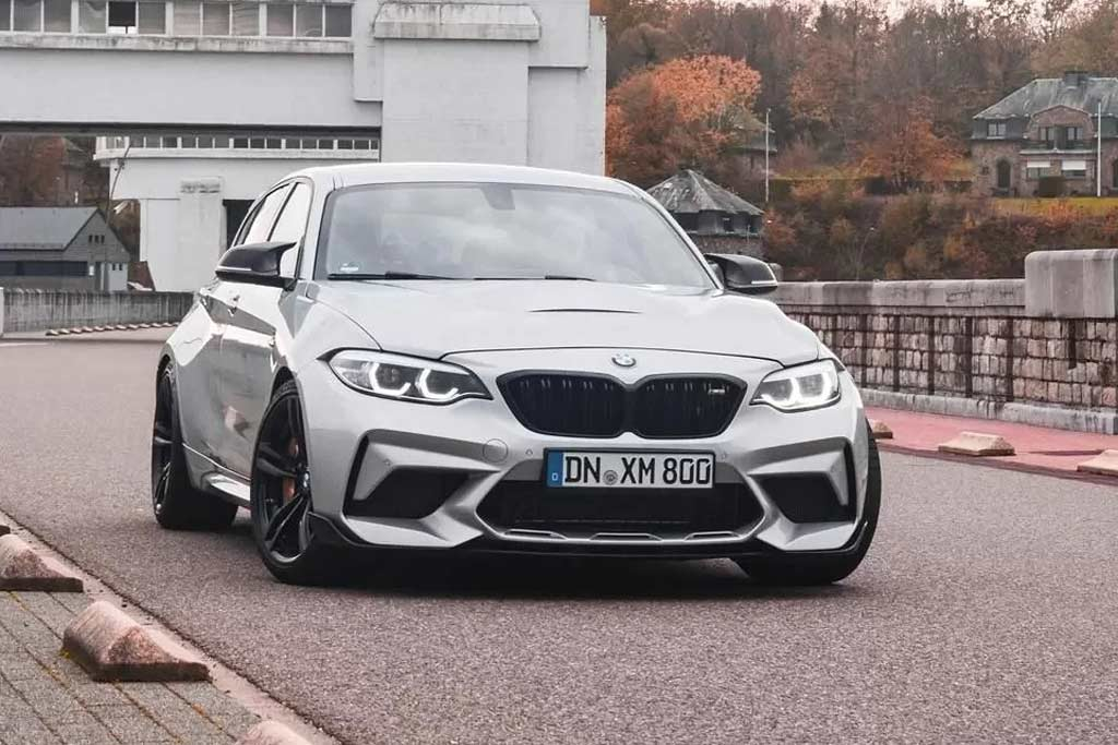 BMW 1-серии V8