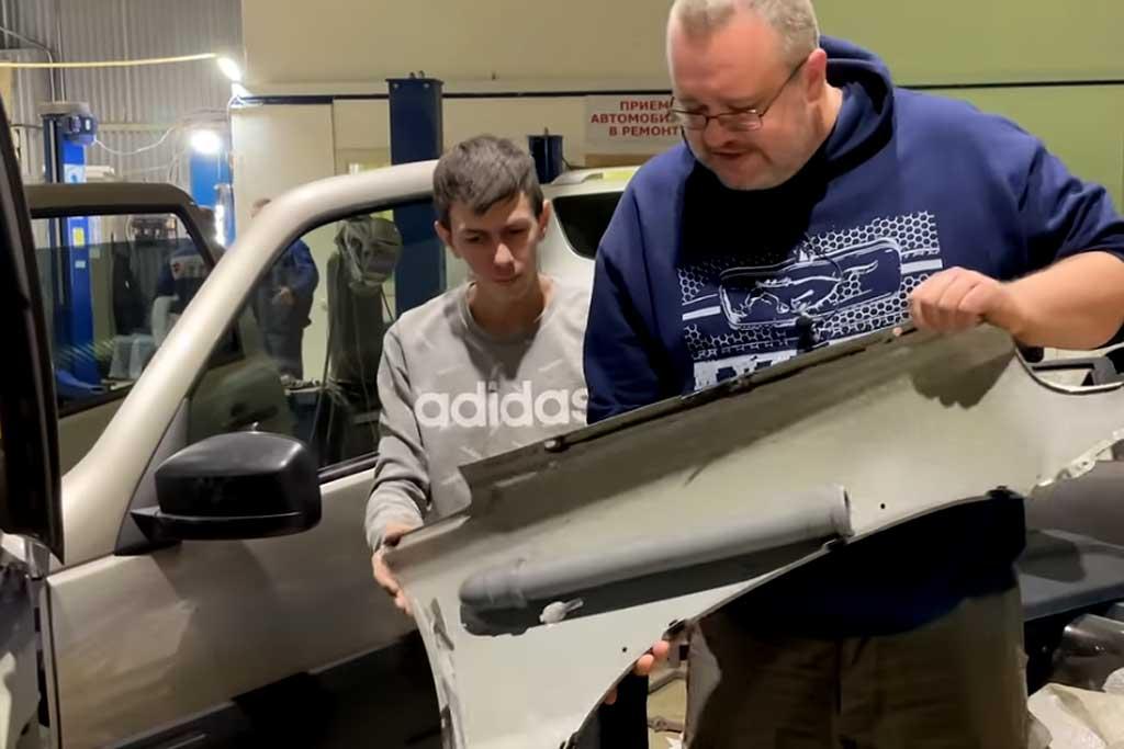Слабая шумка, скотч и немного сантехники: новую Lada Niva разобрали на части