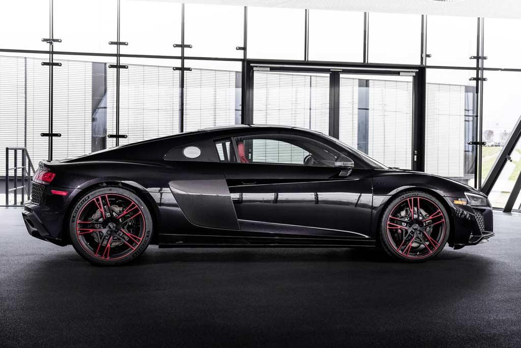 foto r8 panther 03 - «Черная пантера»: суперкар Audi R8 II получил спецверсию Black Panther