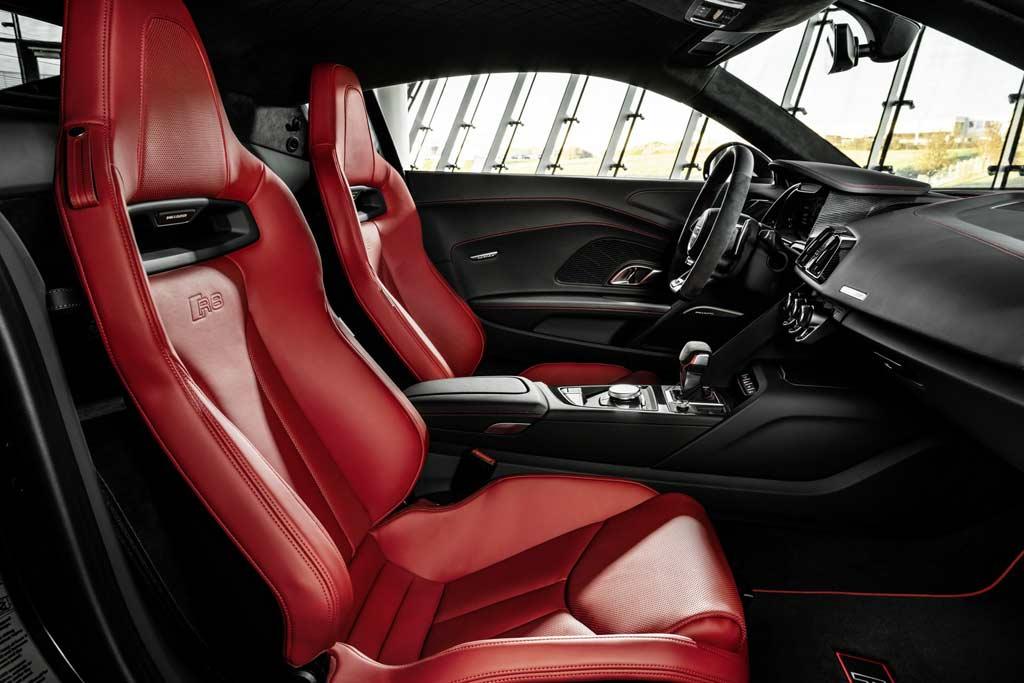 foto r8 panther 06 - «Черная пантера»: суперкар Audi R8 II получил спецверсию Black Panther