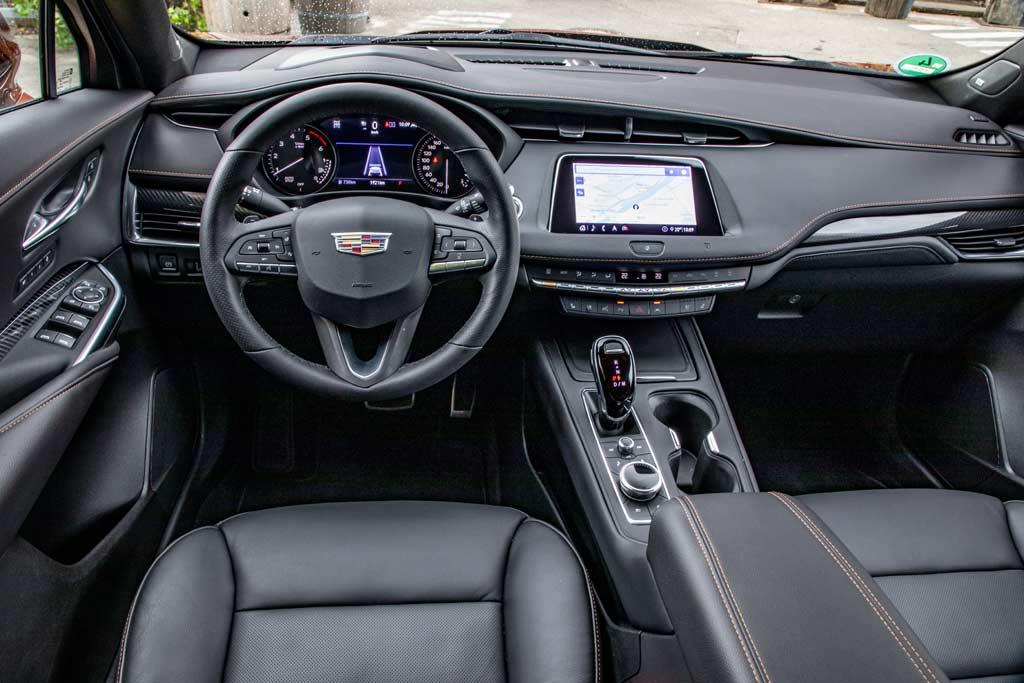Названы российские цены на новый Cadillac XT4: есть версия с дизелем