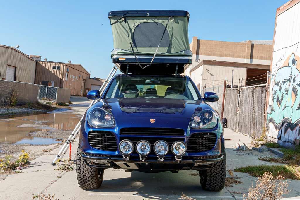 foto cayenne explore 04 - Старый Porsche Cayenne Turbo S подготовили для путешествий на природу