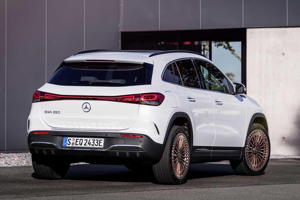 Представлен Mercedes-Benz EQA: электрический паркетник на базе GLA