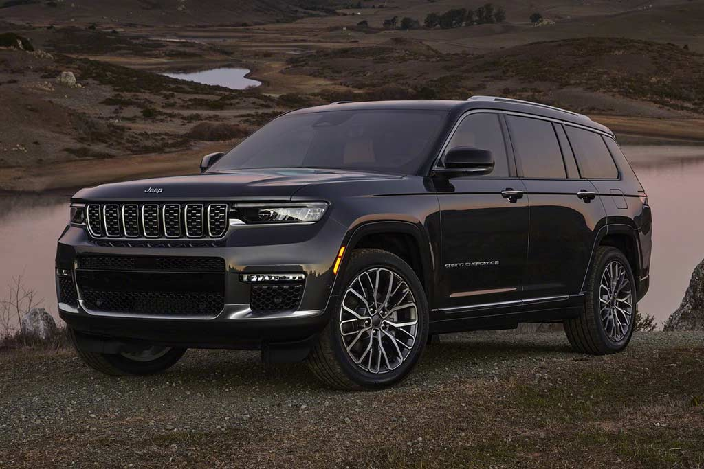 Новое поколение Jeep Grand Cherokee WL: пока в удлиненной версии L
