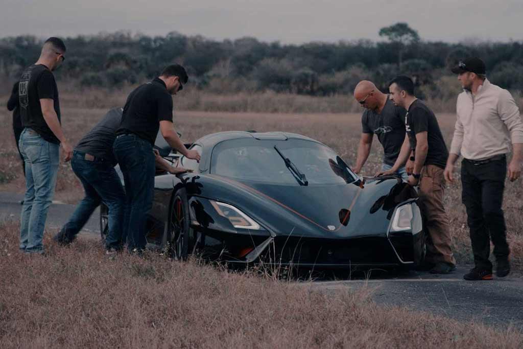 SSC Tuatara не поехал 500 км/ч: но рекорд скорости для серийных авто все же показал