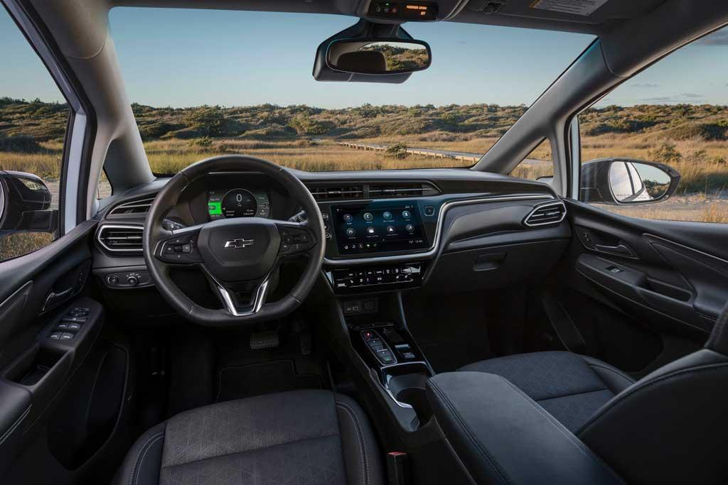 GM обновил электрический Chevrolet Bolt EV: появилась кросс-версия