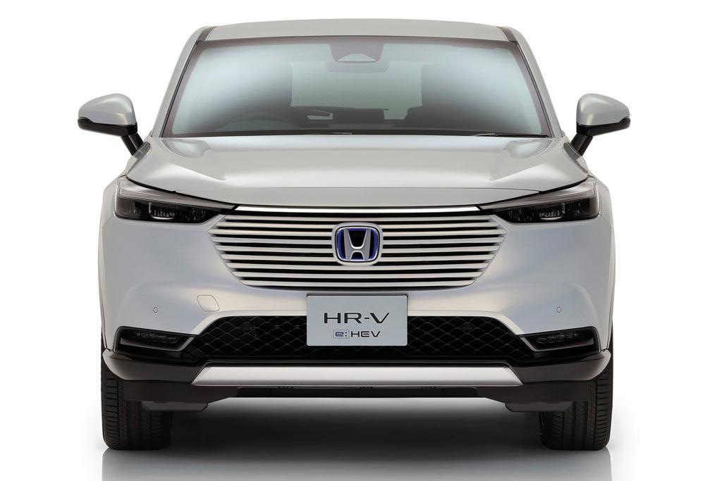 Паркетник Honda Vezel сменил поколение и получил гибридное исполнение e:HEV