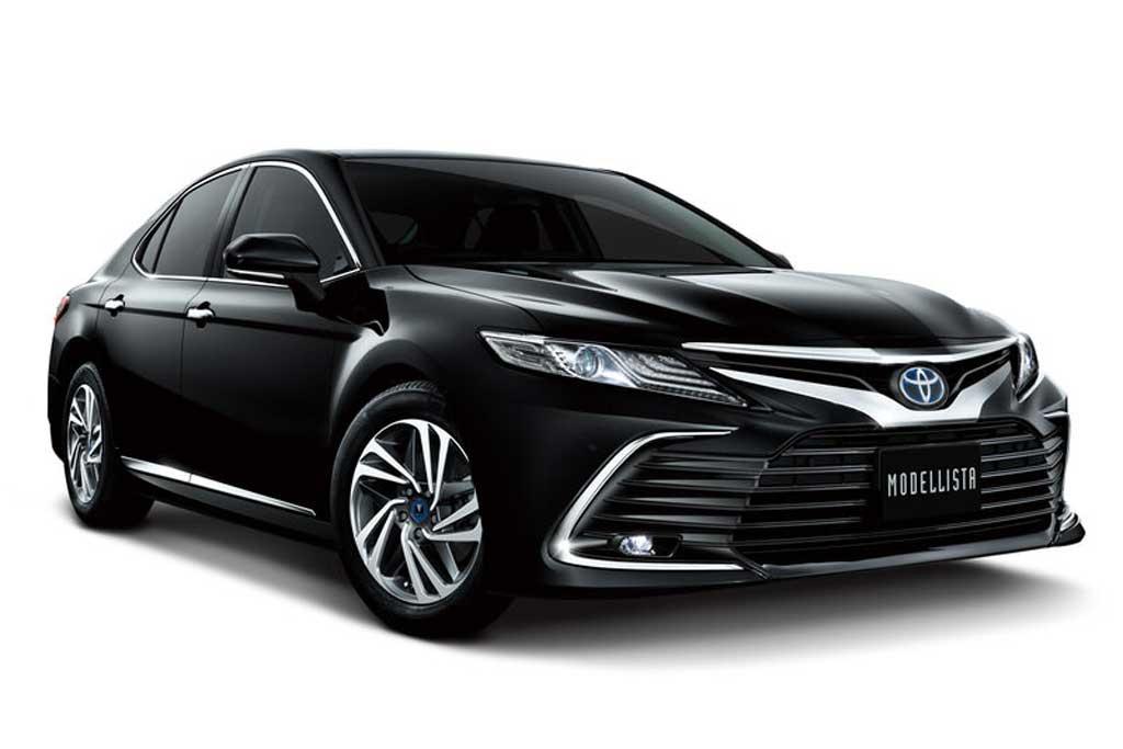 Обновленная Toyota Camry 2021 получила модные обвесы от GR Sport и Modellista