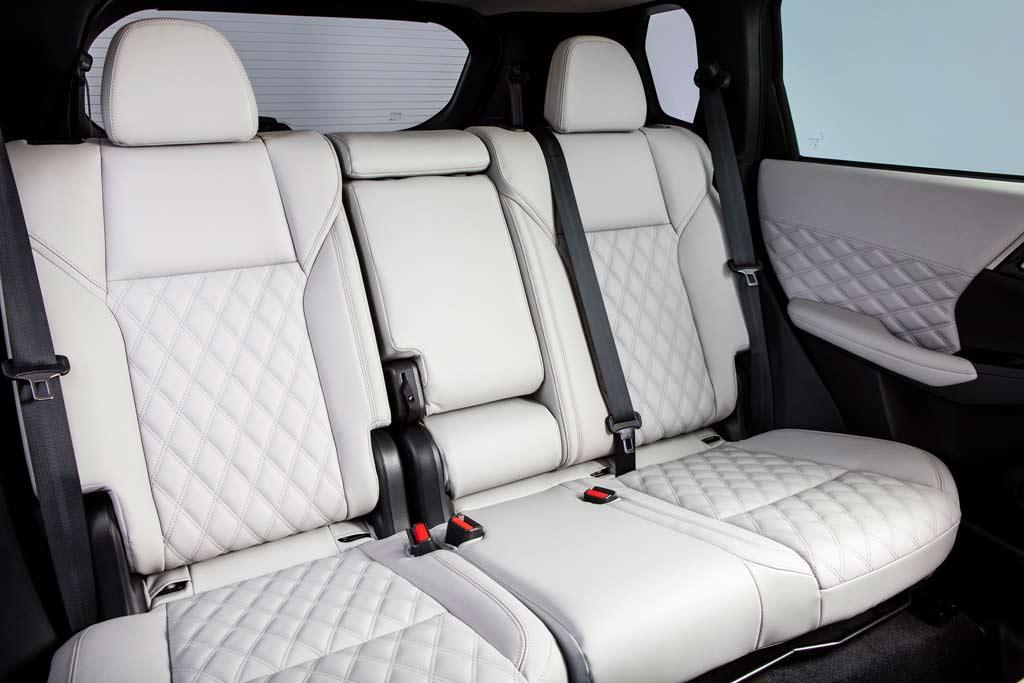 Представлен новый Mitsubishi Outlander 4: до России доберется нескоро