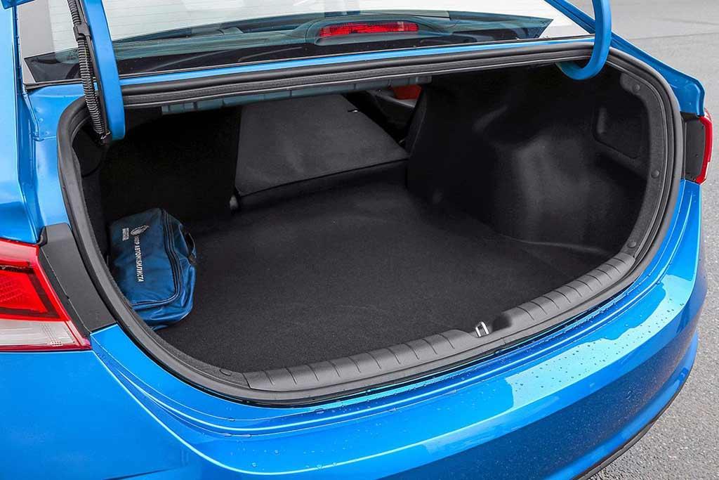 20 000 км на новом Hyundai Solaris FL: какие нашлись недостатки