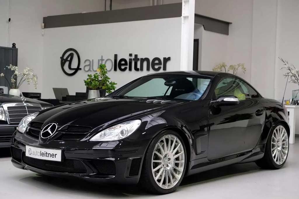 Таких сделали всего сотню: в продаже объявился Mercedes SLK 55 AMG Black Series