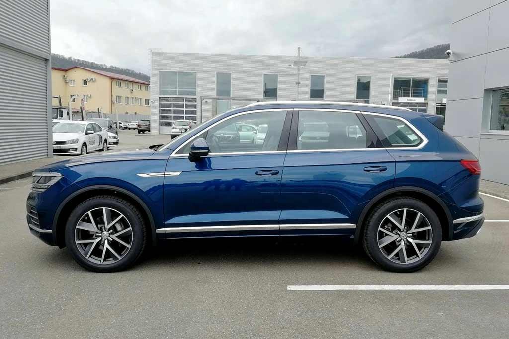 Владелец VW Touareg через суд взыскал с дилера 7,3 млн за плесень в машине