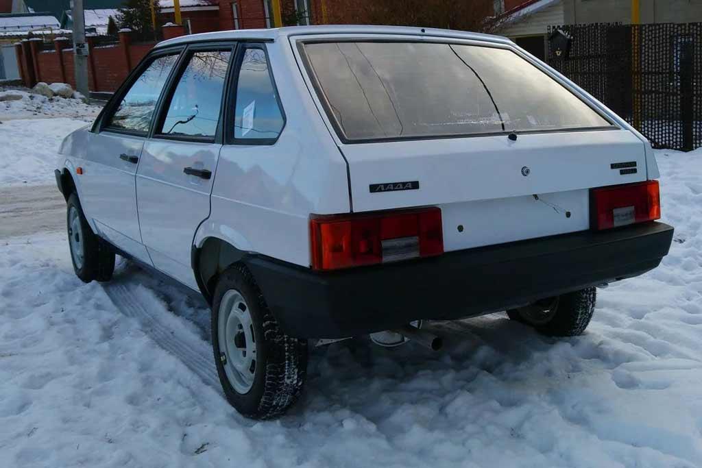 Словно вчера с конвейера: идеальный ВАЗ-2109 продают за 3,0 млн рублей