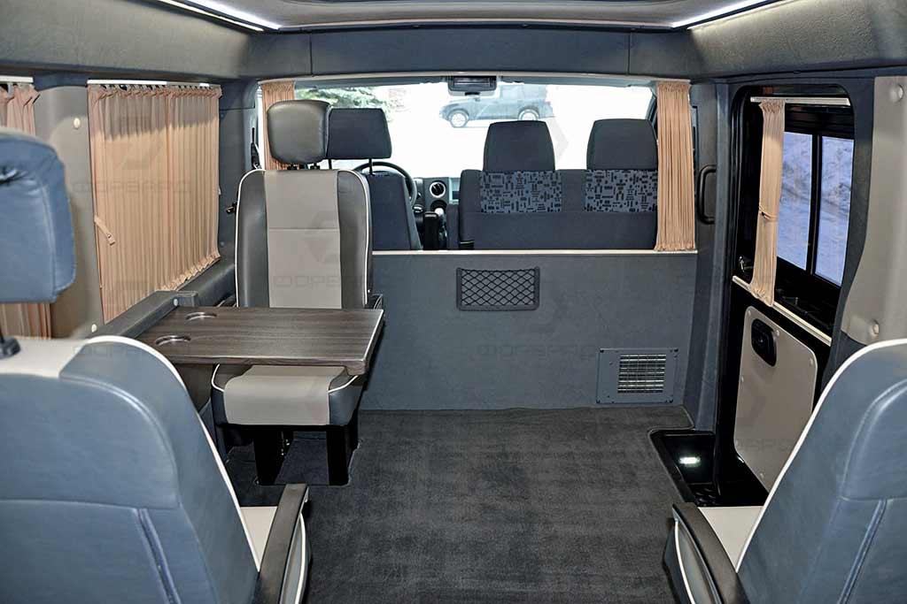 Микроавтобус ГАЗель Некст превратили в «деловое купе»: просто, но со вкусом