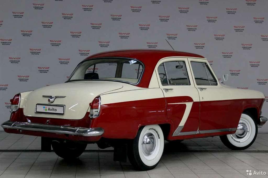 Хоть в музей, хоть на выставку: в продаже отреставрированная «Волга» ГАЗ-21