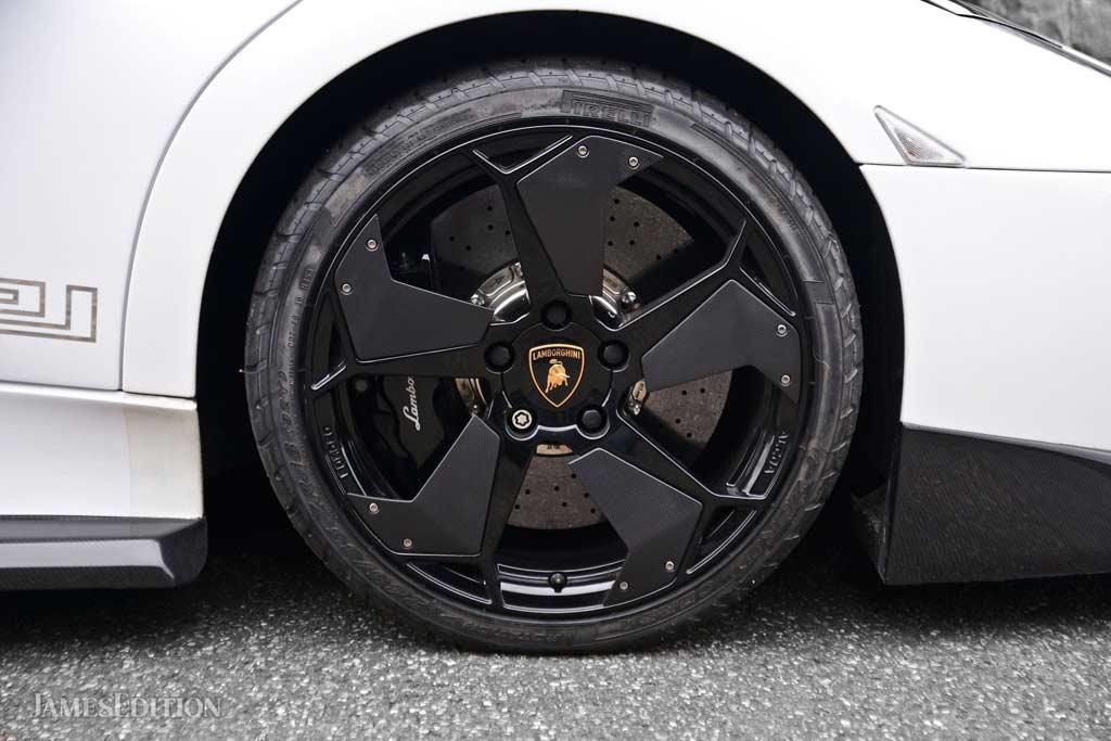 Lamborghini Murcielago Versace: в продаже один из 20 экземпляров суперкара