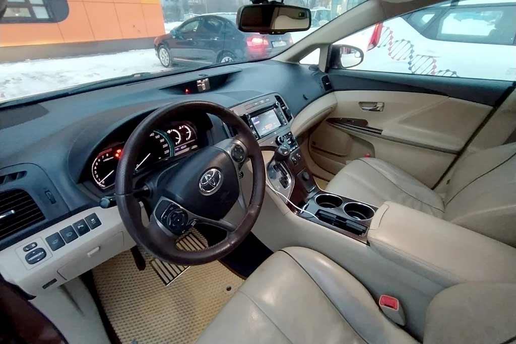 Проездил 2,5 года на Toyota Venza: все минусы и плюсы модели