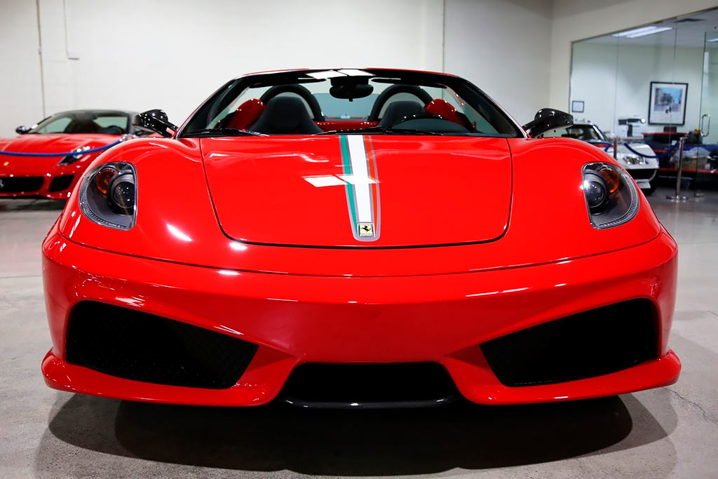 Редкий вариант Ferrari F430 2009 года продают дороже нового 812 Superfast