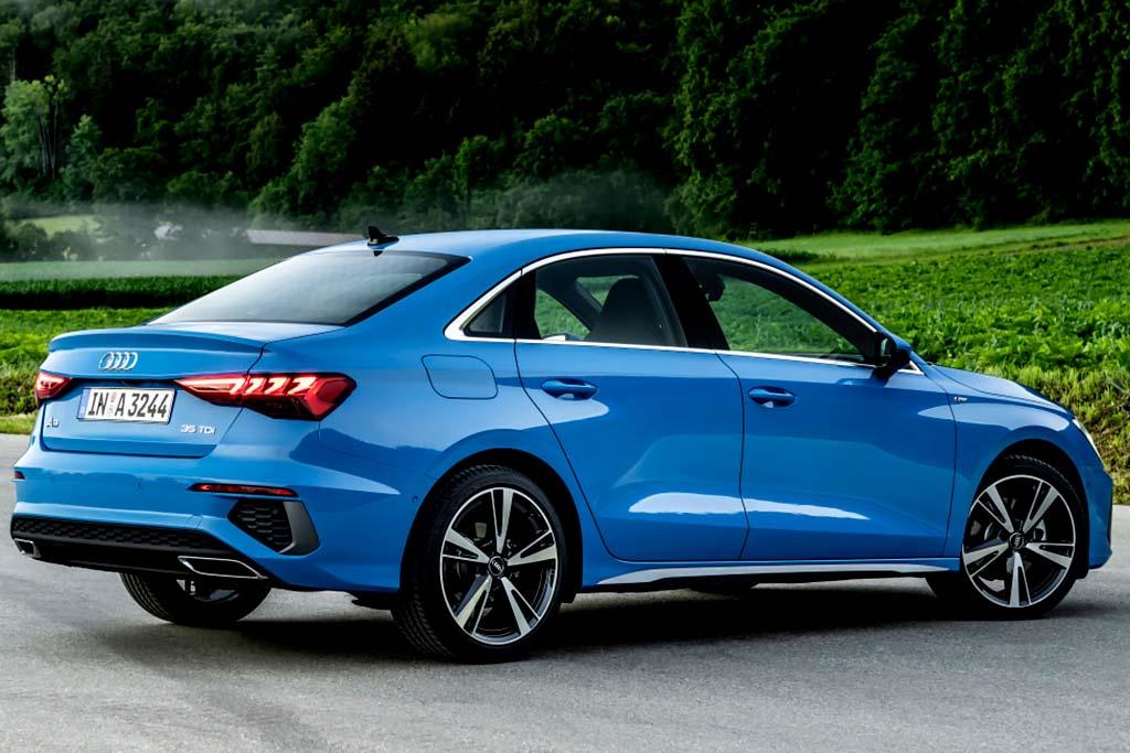 Audi A3 нового поколения в России: стали известны цены