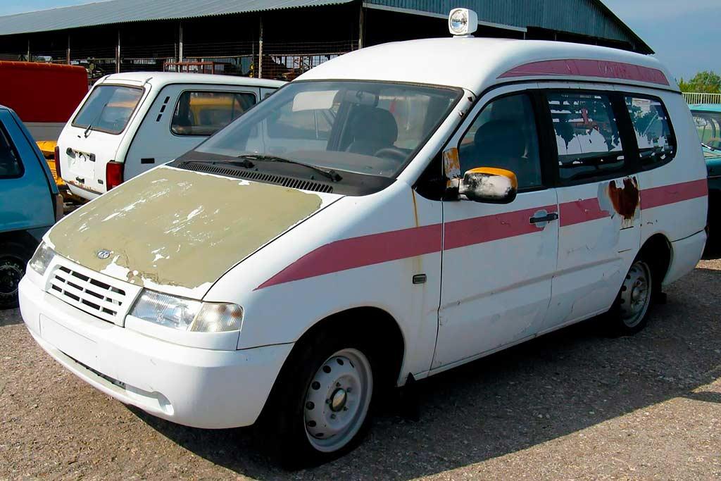 АвтоВАЗ плевал на свою историю: уникальные прототипы гниют под открытым небом