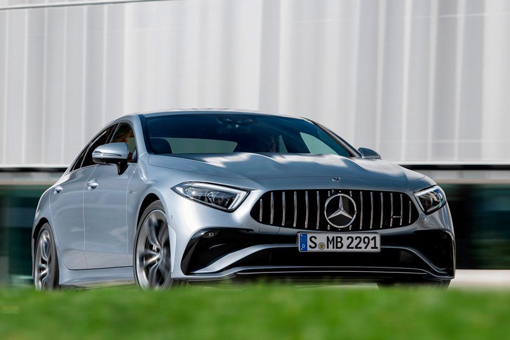 Mercedes CLS пережил небольшое обновление: спорные фонари трогать не стали